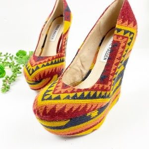 Steve Madden Tribal African Print Wedge Shoes